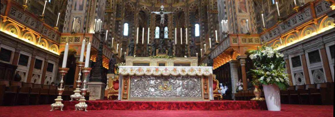 Sehen Sie sich die Heilige Messe um 11.00 im Live Streaming an