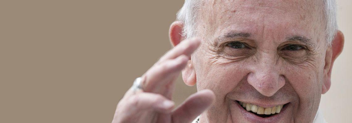 Il 17 dicembre Papa Francesco compirà 80 anni. <br><br>Inviagli il tuo messaggio di auguri! <BR><BR>I frati di sant'Antonio lo consegneranno <BR>direttamente al Santo Padre.