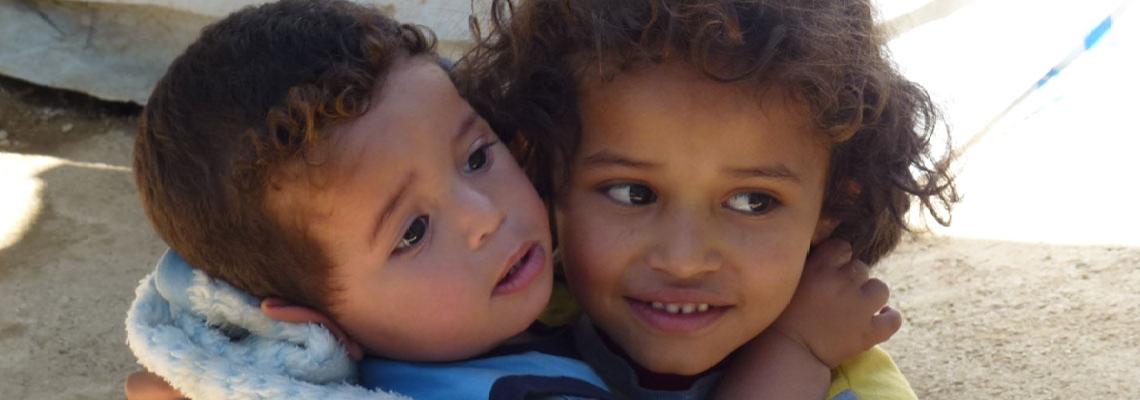 Caritas Antoniana presenta el proyecto del año 2016 dedicado a dar un futuro a los niños sirios que escapan del hambre y de la guerra.